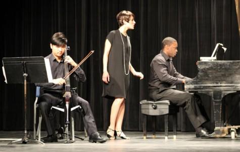 "Core Ensemble performs ""Tres Vidas"""
