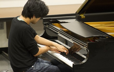 Renowned pianist comes to BC