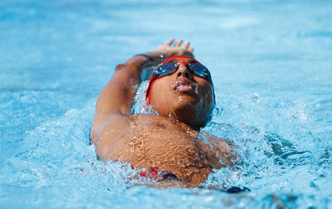 Men's swimming returns to campus with a victory; women fall short