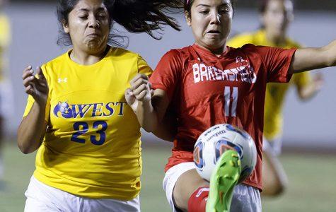 Women's soccer on 3-game winning streak