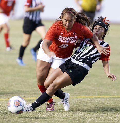 Women's soccer on 4-game losing streak