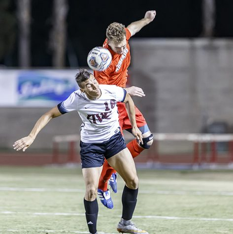 Men's soccer closes out difficult season with a solid victory