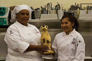Students best professional chefs in contest