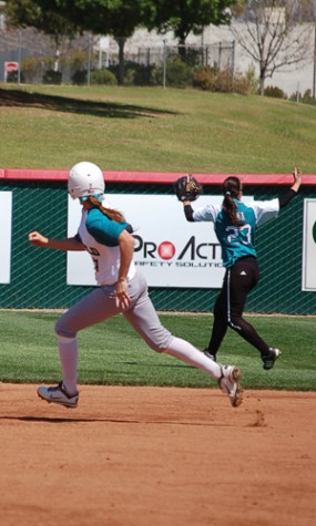 Renegades come away with crucial victory behind walk-off home run