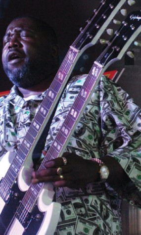 Afroman interacts with fans at B Ryder's