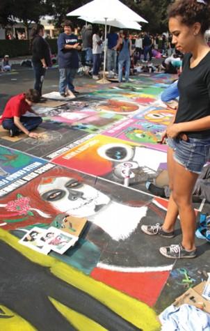 Crowd drawn to Via Arte in Marketplace
