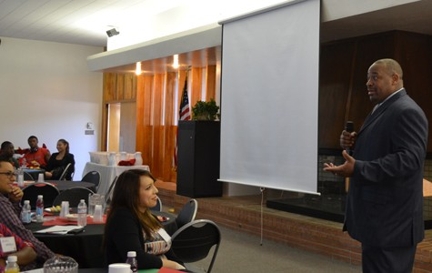 Boles gives motivational speech at leadership conference