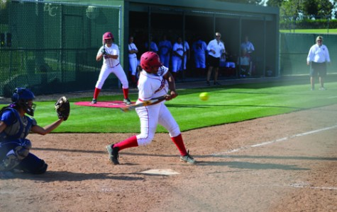 BC softball team struggles in doubleheaders