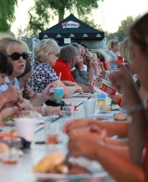 Alumni dinner held for athletes