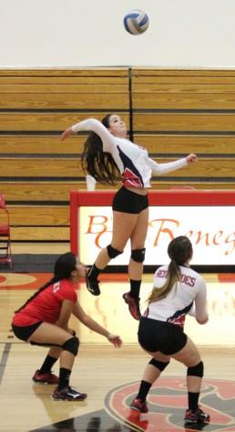 Volleyball team misses playoffs