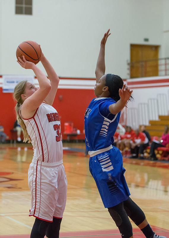 BC+Basketball+vs+Santa+Monica-13-JPB