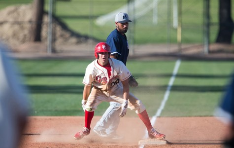 Baseball starts conference play 2 for 3