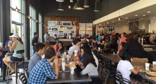 Restaurant Review: Pieology offers pizza variety
