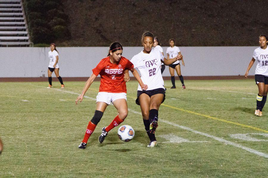 Women's soccer looking to finish the season strong