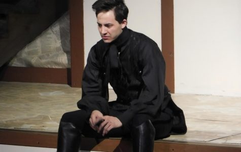 Hamlet (Ryan Lee) performs his famous soliloquy.