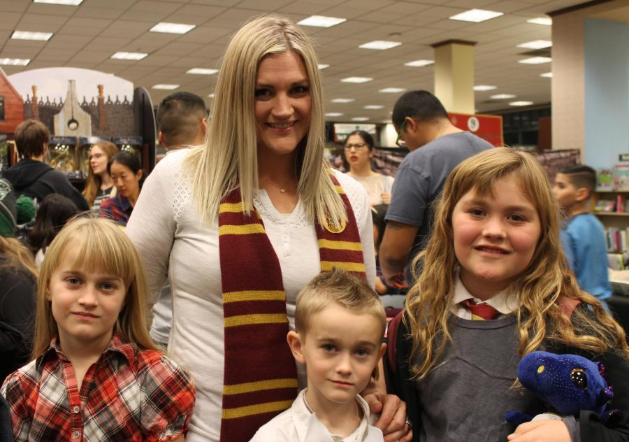 Jessica, Megan, Emma, and Cash Livingston attend Harry Potter Book Night at Barnes and Noble dressed as their favorite characters.