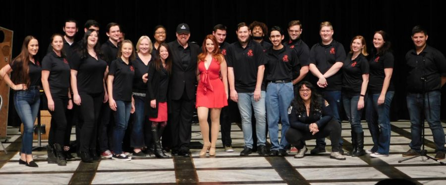 Ron Saylor hosts a benefit performance at Bakersfield College