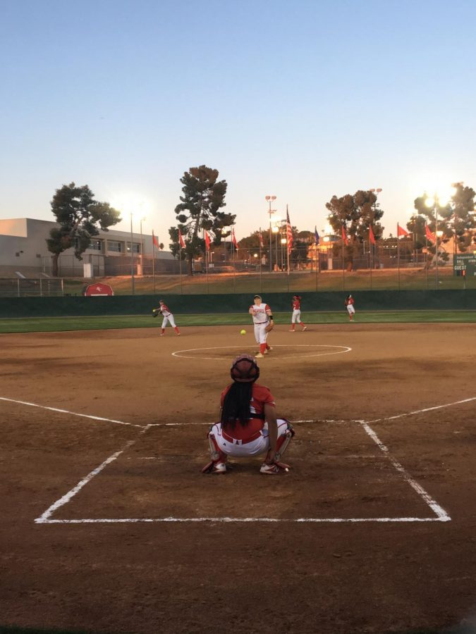 Bakersfield+College+pitcher+Kylee+Fahy+warms+up+with+catcher+Naizemarie+Ubay+before+their+double-header+against+Taft+College.