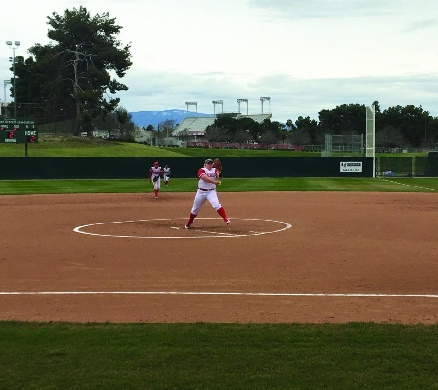 Bakersfield+College+pitcher+Kylee+Fahy+warming+up+on+the+mound+in+their+game+against+Cuesta+College+on+March+20.