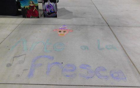 M.E.CH.A club started the Arte a la Fresco at 5 p.m.
