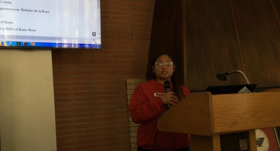 Tania Bernal, LUPE President and student worker for Bakersfield College Outreach and Welcome Center, introduced the speakers for the Know Your Rights workshop.