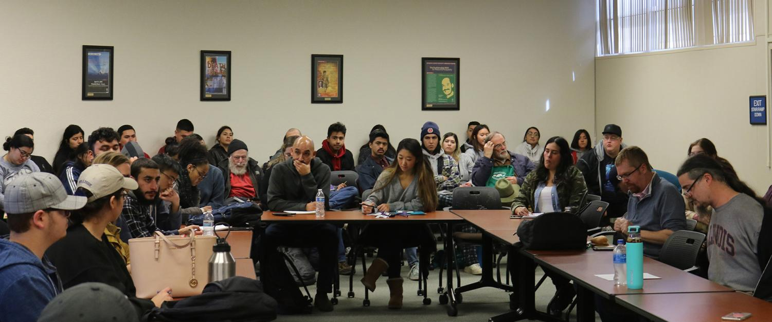 Students and faculty members gathered to discuss the first amendment and how pornography affected the amendment.
