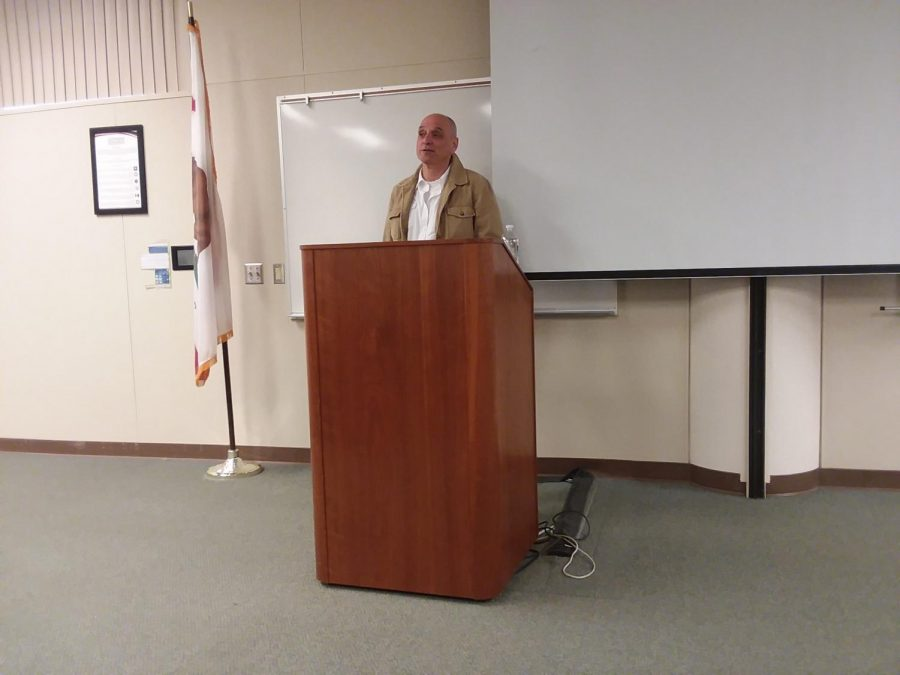 "The author of ""Fast Food Nation"" visits students at Bakersfield College"