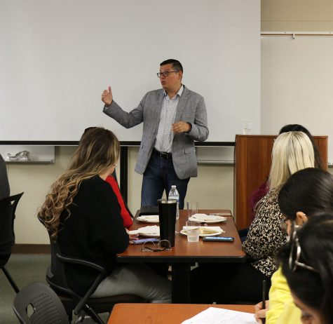 Rudy Salas visits Bakersfield College to encourage local change by voting