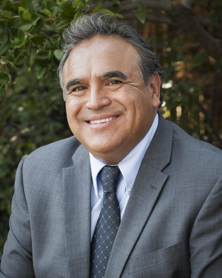 Emilio Huerta announces candidacy for the Kern County board of supervisors